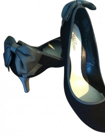 Preload https://item2.tradesy.com/images/lela-rose-for-payless-black-and-silver-bows-3-4inch-heal-pumps-size-us-11-155346-0-0.jpg?width=440&height=440