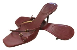Gucci Maroon/Red Sandals