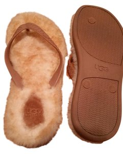 UGG Australia Flip Flops Fleece Lined camel Sandals