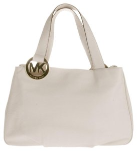 Michael Kors Fulton Leather Large Snap Closure Tote in Vanilla