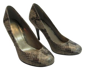 Jessica Simpson Size 7.50 M Reptile Design Very Good Condition Gray, Black Pumps
