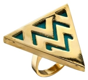 House of Harlow 1960 Trendy Triangle Cocktail Ring