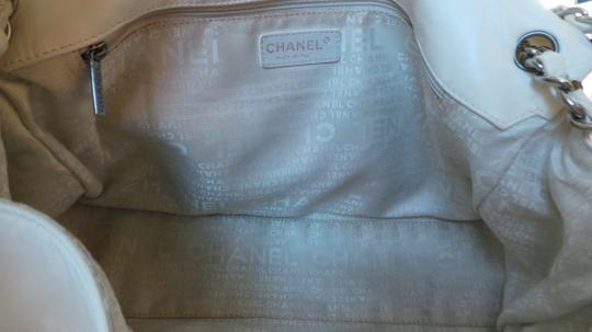 Chanel Hobo Bag Image 8