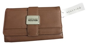 Kenneth Cole Reaction Brown Clutch