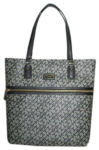 Tommy Hilfiger Purse Tote in black