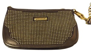 Burberry Wristlet in Brown/gold