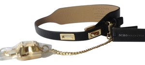 BCBGMAXAZRIA Black Gold Chocker Toggle Necklace