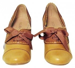 Chelsea Crew Madison Oxford With Brown Ribbon Laces Mustard Pumps