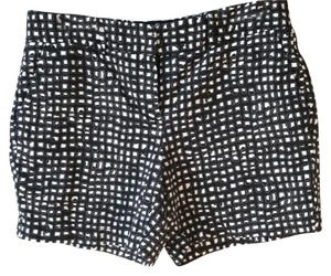 Ann Taylor LOFT Artsy Fun Geometric Dress Shorts Black and White