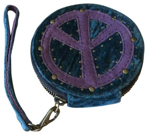 Lucky Brand Wristlet in Blueish-green/purple/brass