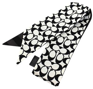 Coach Coach Signature C Ponytail Scarf Ties 100% Silk F85126 Black/White new with tag