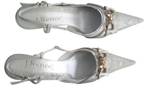 J. Renee bone Pumps