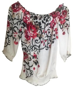 White House | Black Market Top Red black floral