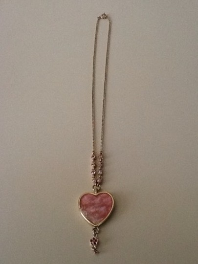 Other Gold tone pink Heart Necklace Image 1