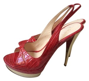 Casadei Red Pumps Sling Back Pumps Pin Up High Heels Red/Gold Platforms