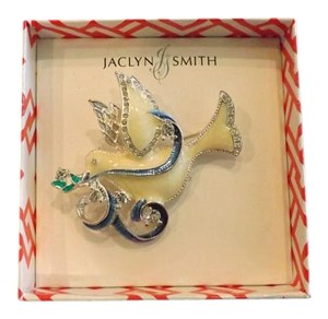 Jaclyn Smith New Beautiful Dove Pin with enamel and rhinestone design!