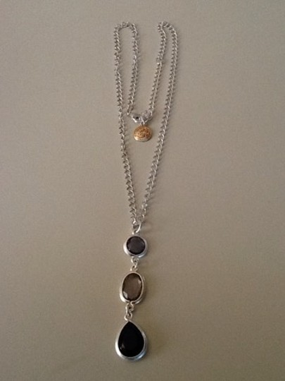 Other Silver Tone 3 Tear Drop Necklace Image 1