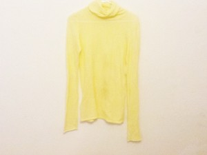 BCBGMAXAZRIA T Shirt Pale Yellow