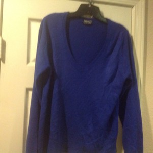 New York & Company And V Neck Feel Like Super Comfortable Sweater