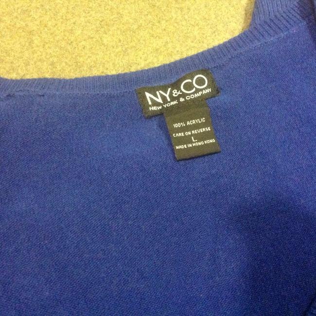 New York & Company V Neck Soft Feel Like Super Comfortable Sweater