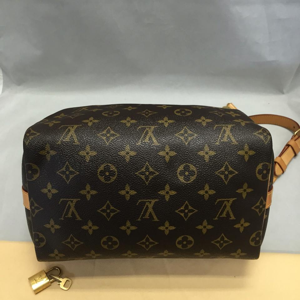 e425137f8e01 Louis Vuitton Speedy 25 Bandouliere Monogram. Comes with Dustbag Strap Lock  and Key Cross Body Bag - Tradesy