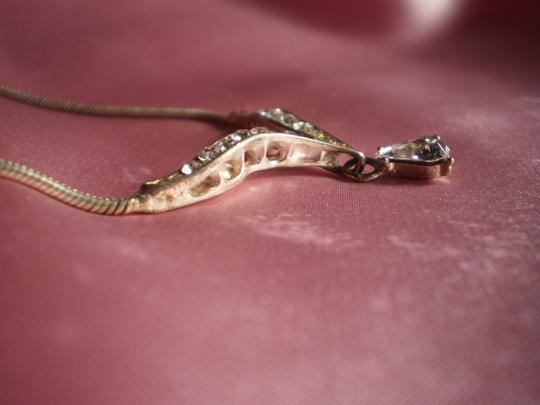 Other teardrop solitaire w/crystals necklace