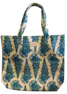 Lilly Pulitzer Beach Tote in White/ turquoise / colbalt blue