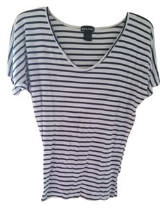 Wet Seal Stretchy Comfortable T Shirt Blue