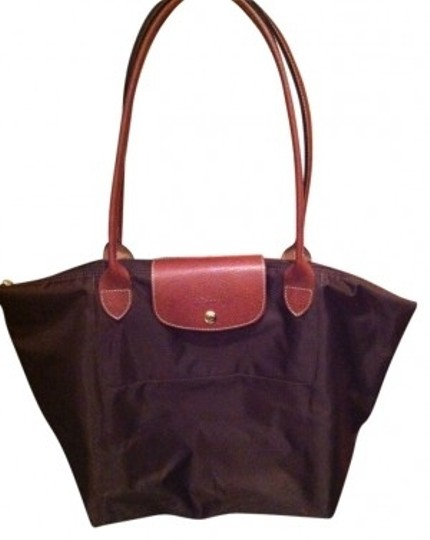 Preload https://item3.tradesy.com/images/longchamp-le-pliage-large-chocolate-nylon-tote-15567-0-0.jpg?width=440&height=440