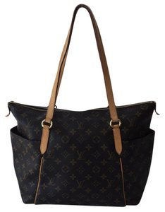 Louis Vuitton Lv Lv Totally Mm Totally Gm Neverfull Tote in Monogram