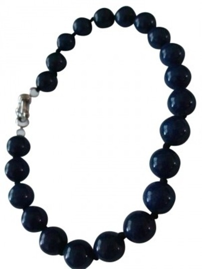 Preload https://img-static.tradesy.com/item/155691/lapis-dark-navy-blue-lazuli-beaded-real-stone-bracelet-0-0-540-540.jpg