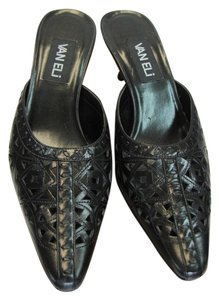 Vaneli Size 8.00 M Leather Very Good Condition BLACK Mules