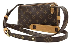 Louis Vuitton Lv Small Signature Shoulder Bag