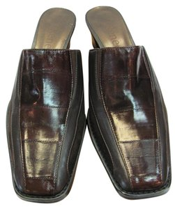 J. Renee New Leather Size 9.50 Narrow Black, Brown, Mules