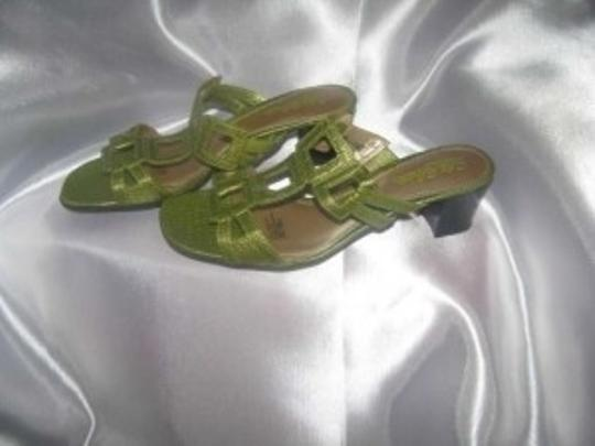 Life Stride Lime Green Sandals