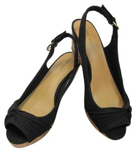 Nine West New Size 7.50 M Excellent Condition Black Wedges