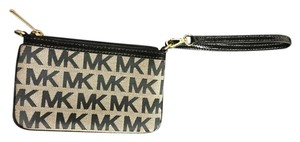 Michael Kors Wristlet in Black/Dark Gray