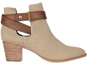 12th Street by Cynthia Vincent Sand Boots
