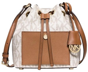 Michael Kors Greenwich Medium Bucket Vanilla Shoulder Bag