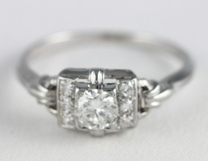Vintage Solitaire 18k White Gold 1/3 .35cttw Round Diamond Engagement Ring