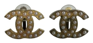 Chanel Chanel CC Gold Tone Logo Pearl Clip On Earrings