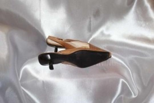 Anne Klein Caramel Leather Pumps