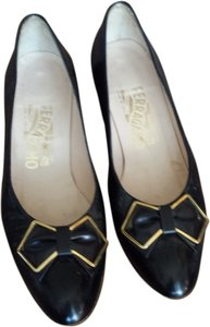 Salvatore Ferragamo Bow Leather Kitten Black Formal