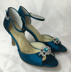 Angela Nuran Astoria Wedding Shoes