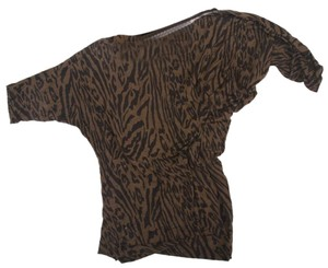 Tart Banded Waist Loose Fit Animal Print Collections Top Olive