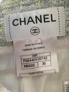Chanel Tweed White Size 36 100% Silk Skirt light grey/yellow pattern leather