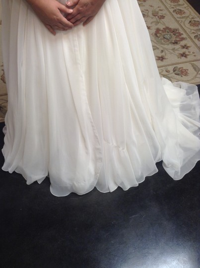 Mori Lee Ivory Chiffon 1809 Traditional Wedding Dress Size 10 (M)