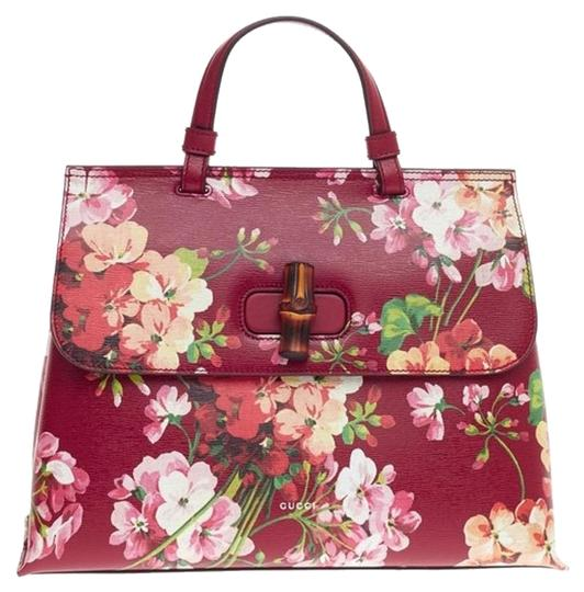 Preload https://img-static.tradesy.com/item/15590041/gucci-bamboo-daily-top-handle-blooms-medium-red-print-leather-tote-0-1-540-540.jpg
