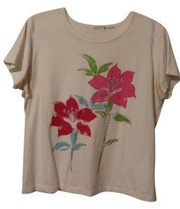 White Stag Top White w/Flowers