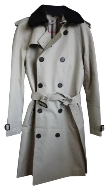 Preload https://item2.tradesy.com/images/burberry-trench-coat-1559331-0-0.jpg?width=400&height=650